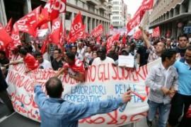 Reportage: il lavoro, la vita, le lotte dei facchini in Italia