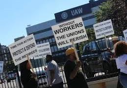 USA: i lavoratori del settore auto bocciamo l'accordo tra il sindacato UAW e FCA (Fiat Chrysler Automobiles)