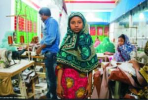 Bangladesh: operaia, 2015. Foto Claudio Montesano Casillas.
