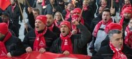 Germania, i metalmeccanici in sciopero per la settimana di 28 ore, contro i padroni che la vorrebbero di 48