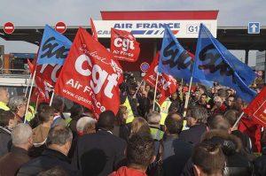 Air France: oggi 15esima giornata di sciopero dopo la bocciatura dell'accordo proposto dalla direzione