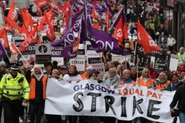 Glasgow: 8mila donne scozzesi fanno due giorni di sciopero per la parità di stipendio