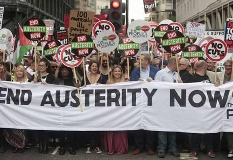 londra anti-austerity 5