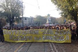 Video dello SCIOPERO DELLA SCUOLA, Milano 13 novembre 2015