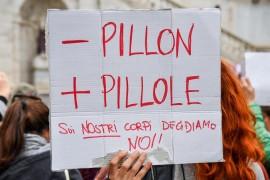 Dilaga l'attacco alle donne: anche a Milano è stata presentata una mozione anti aborto!