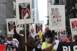 Usa, decine di migliaia di lavoratori/trici allo Strike for Black Lives