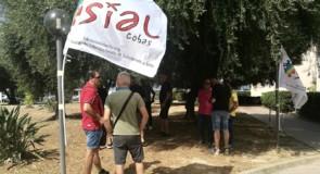 Nuovo sit-in degli ex lavoratori della Keller di fronte all'Assessorato al Lavoro della Regione Sardegna